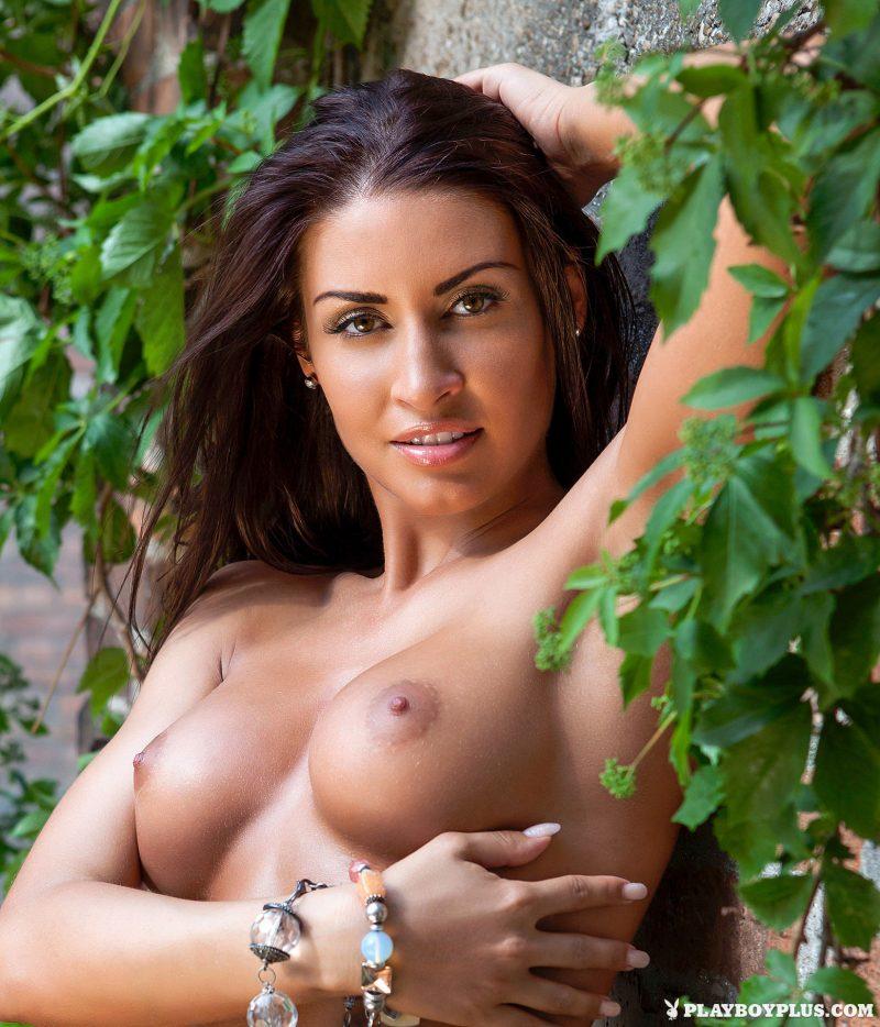 mariana-pinter-naked-hungary-playboy-06