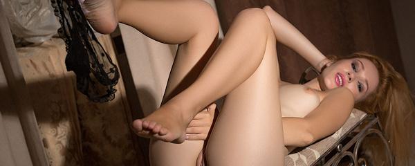 Marianna Merkylova – Sexy black nighty