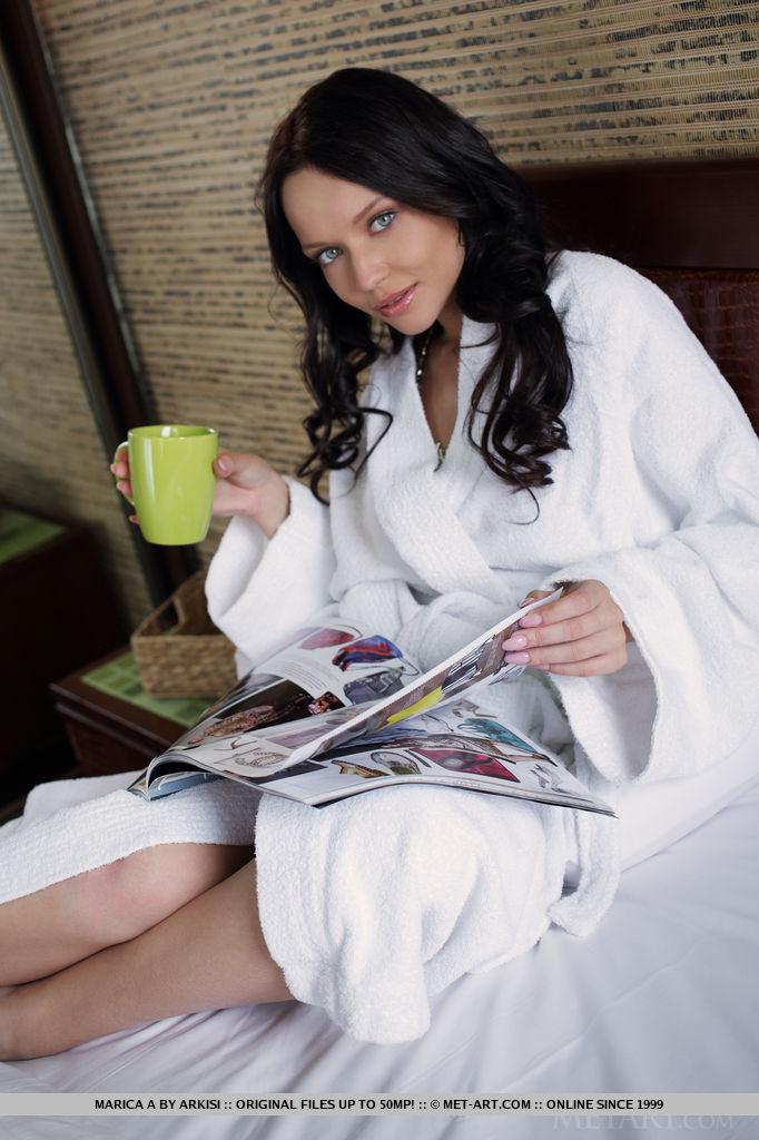 marica-a-bathrobe-bedroom-nude-metart-01