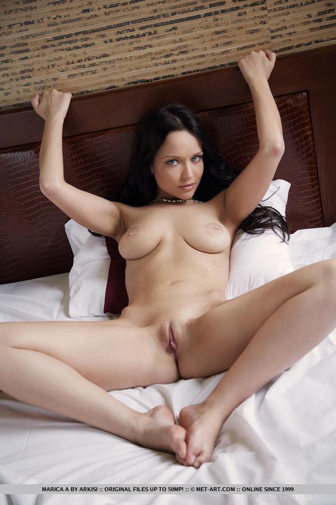 marica-a-bathrobe-bedroom-nude-metart-08