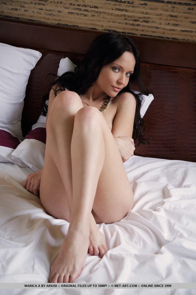 marica-a-bathrobe-bedroom-nude-metart-09
