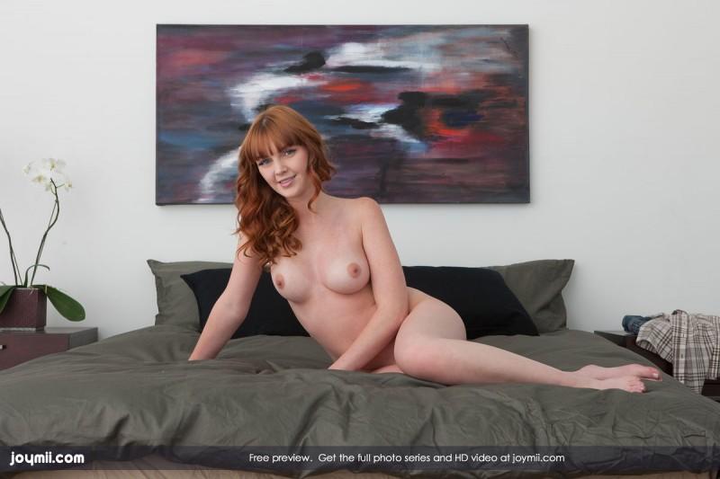 marie-mccray-bedroom-joymii-10