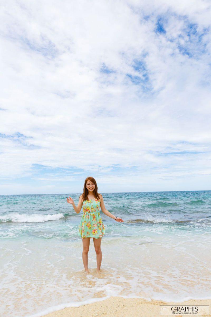 marie-shiraishi-beach-nude-graphis-01
