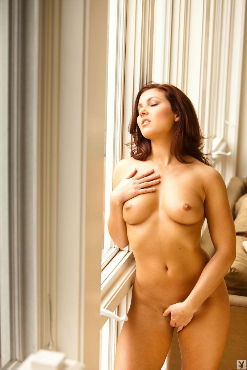 mariela-henderson-window-nude-playboy-09