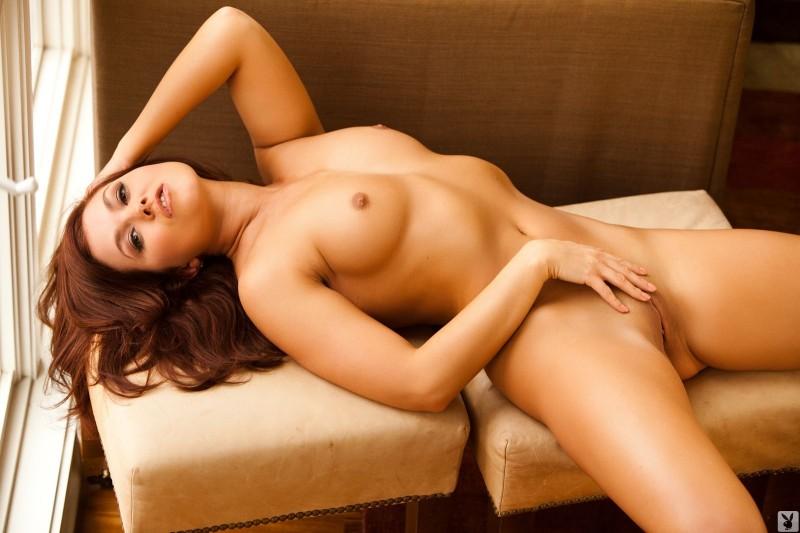 mariela-henderson-window-nude-playboy-15