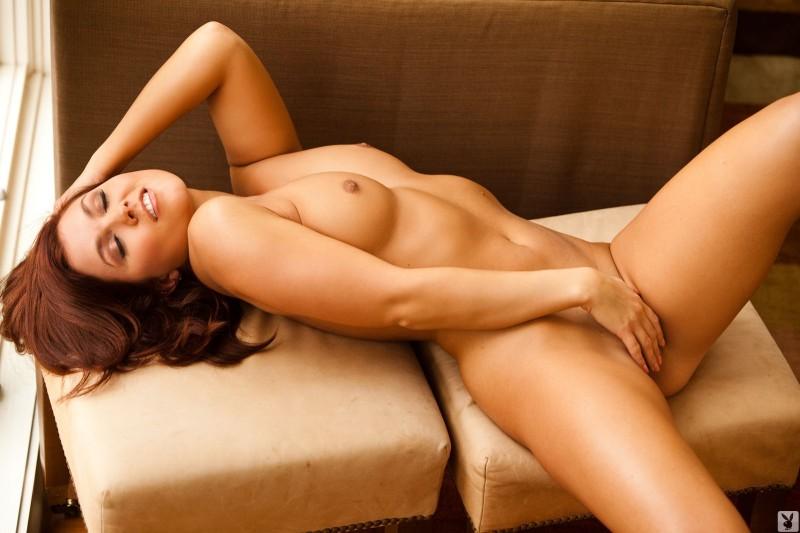 mariela-henderson-window-nude-playboy-16