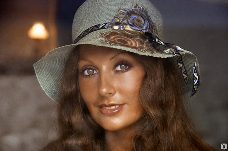 marilyn-cole-1972-retro-playboy-01