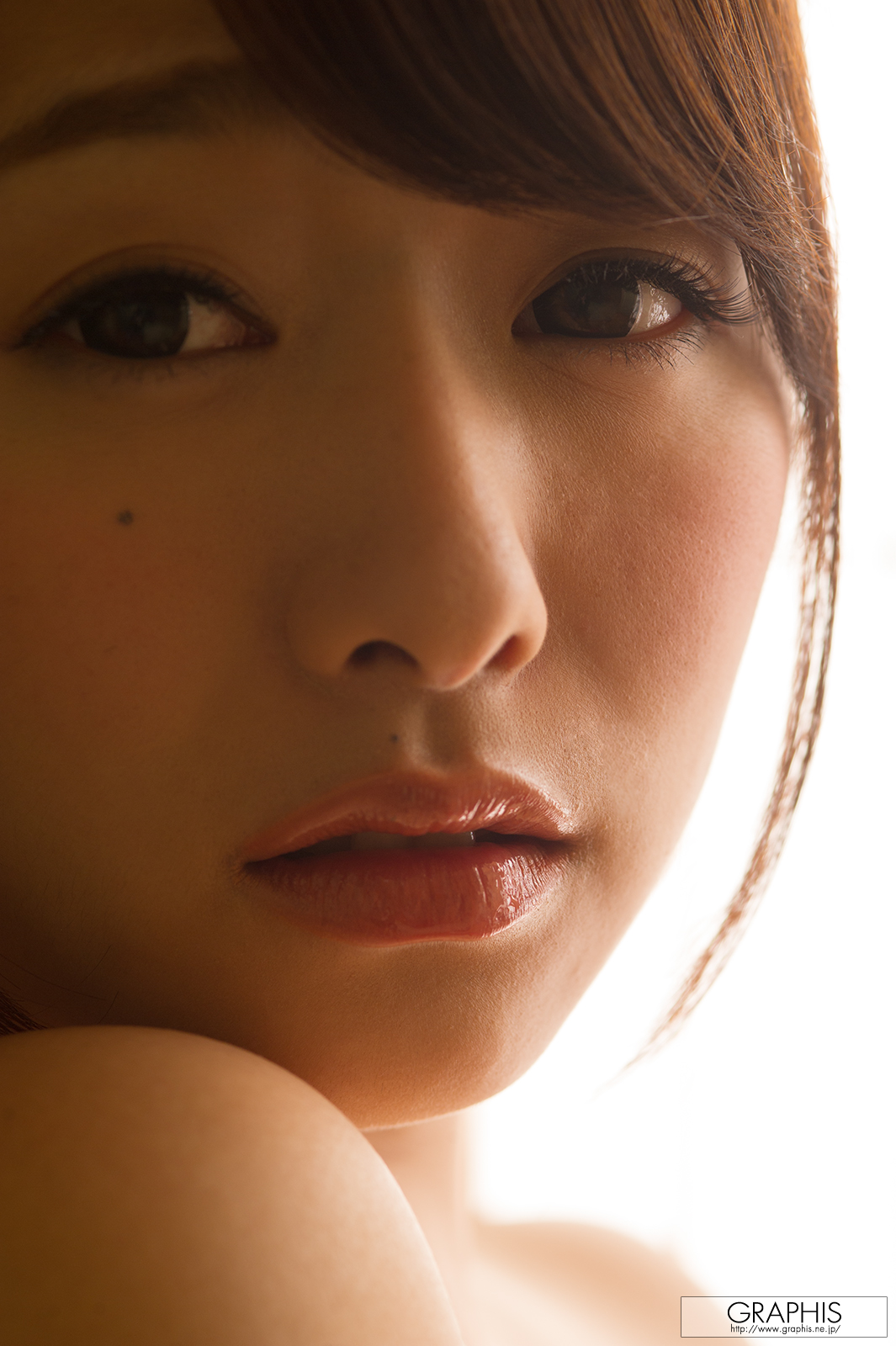 marina-shiraishi-red-kimono-boobs-naked-asian-graphis-21