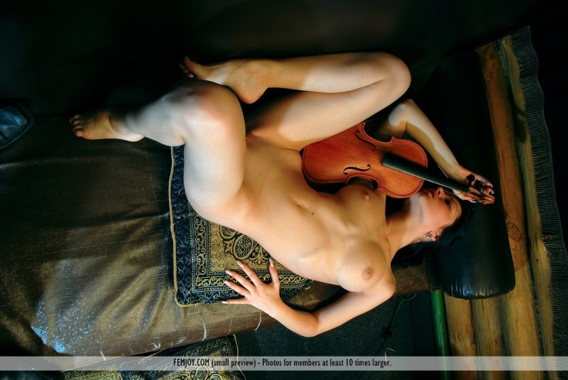 marliece-violin-femjoy-01