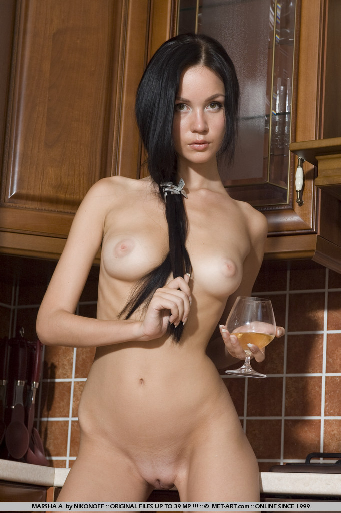 marsha-a-kitchen-met-art-09