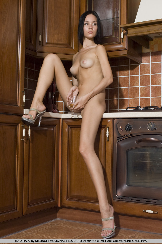 marsha-a-kitchen-met-art-15