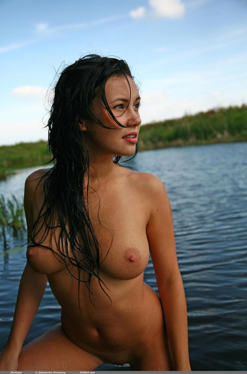 martisha-nude-lake-domai-12