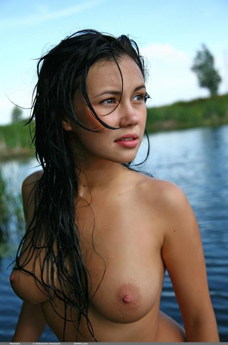 martisha-nude-lake-domai-13