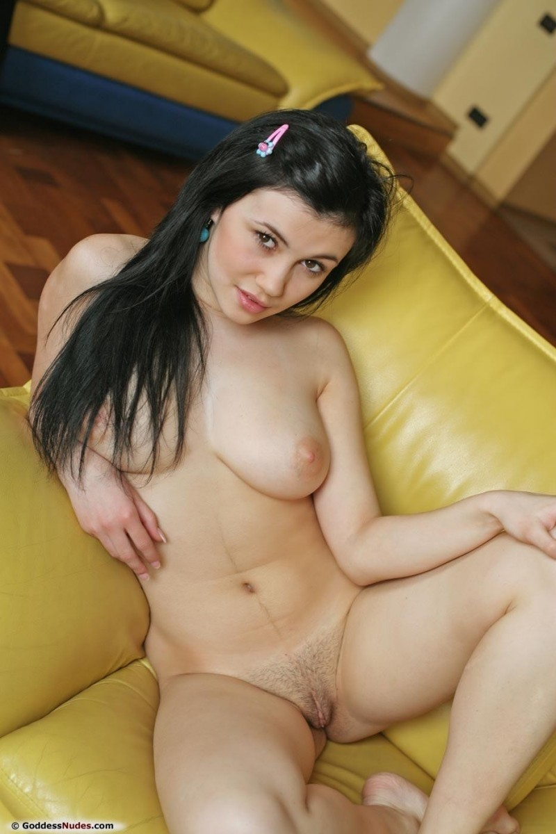 martisha-yellow-armchair-goddess-nudes-15