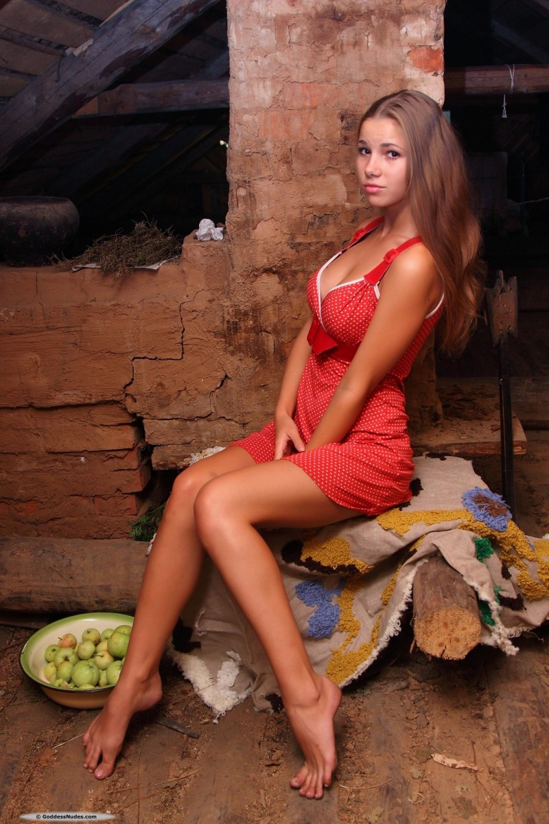 marya-carrot-red-dress-goddessnudes-02