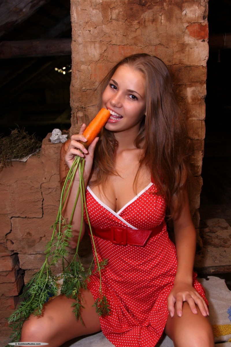 marya-carrot-red-dress-goddessnudes-03