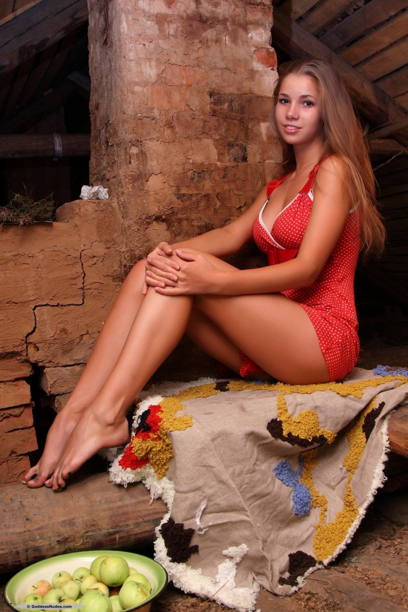 marya-carrot-red-dress-goddessnudes-05