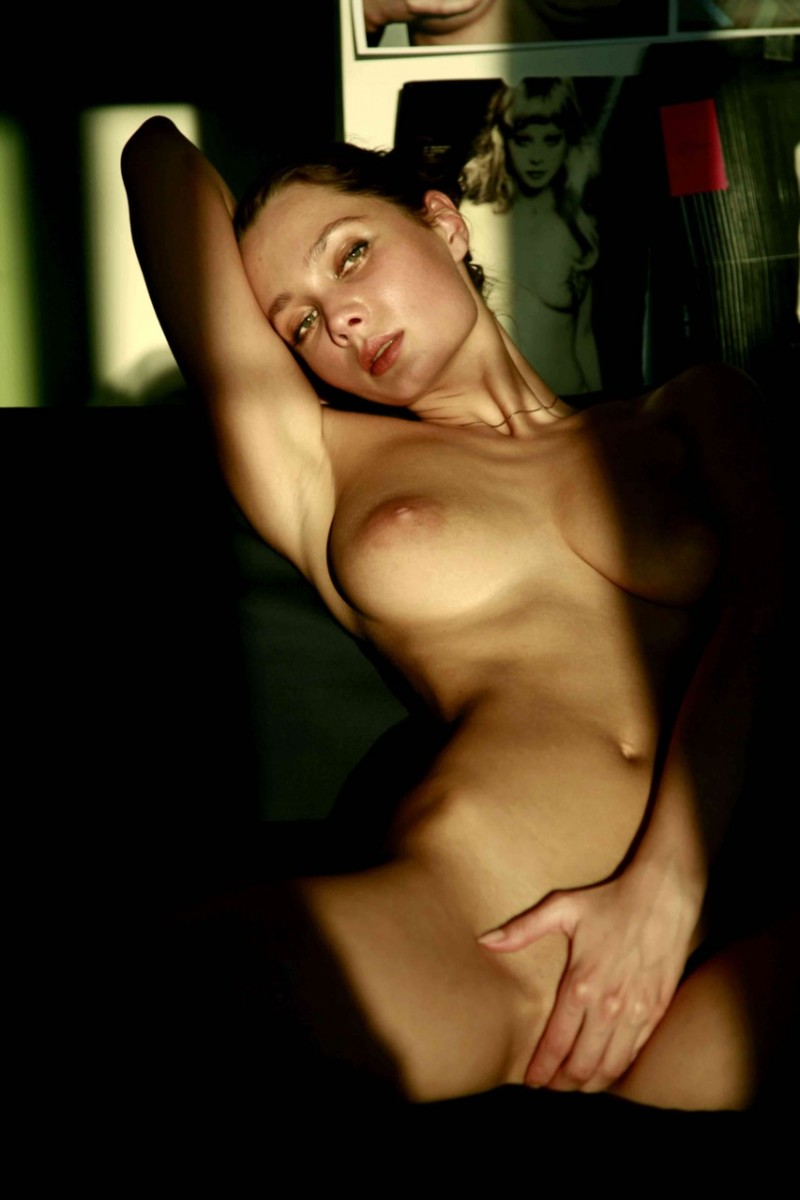 masha-erotic-nude-mike-dowson-06