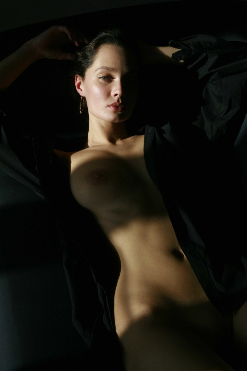 masha-erotic-nude-mike-dowson-17