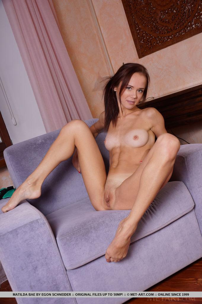 matilda-bae-flexible-girl-naked-metart-06