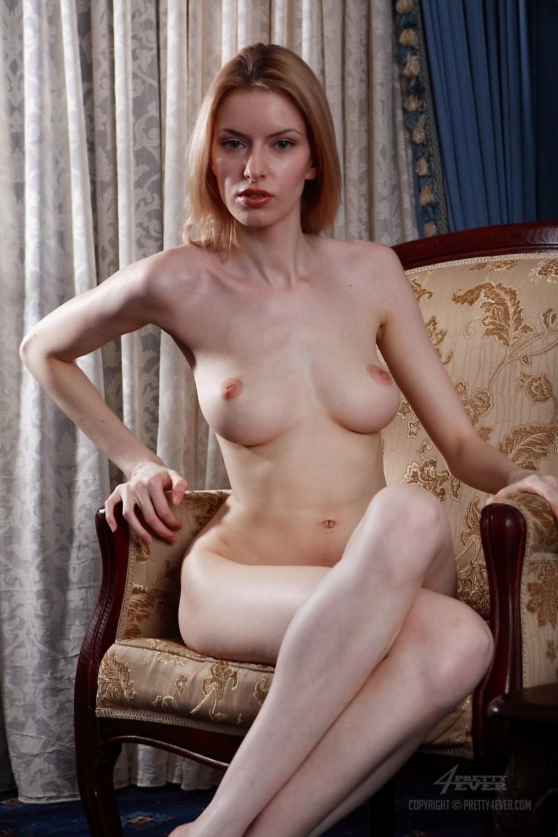 izolda-retro-armchair-blonde-pretty4ever-03