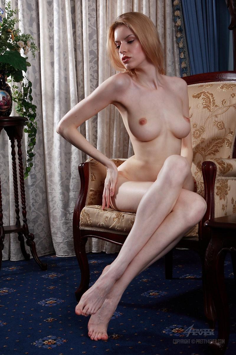 izolda-retro-armchair-blonde-pretty4ever-04