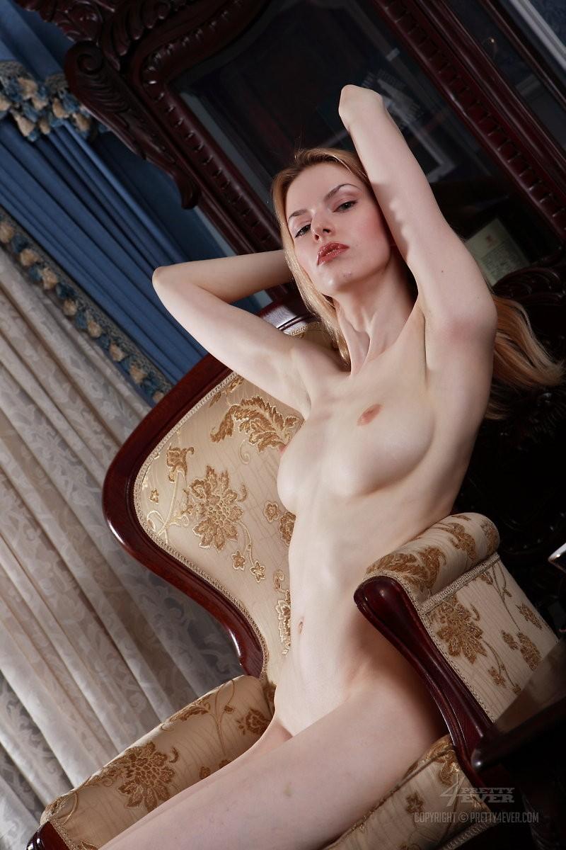 izolda-retro-armchair-blonde-pretty4ever-06