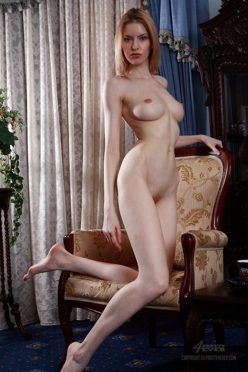 izolda-retro-armchair-blonde-pretty4ever-09