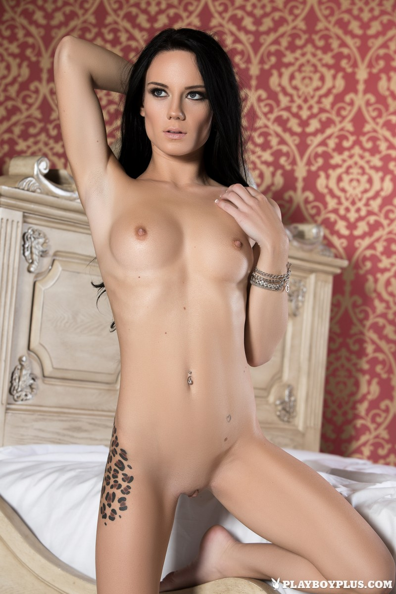 meghan-leopard-lingerie-bedroom-playboy-21