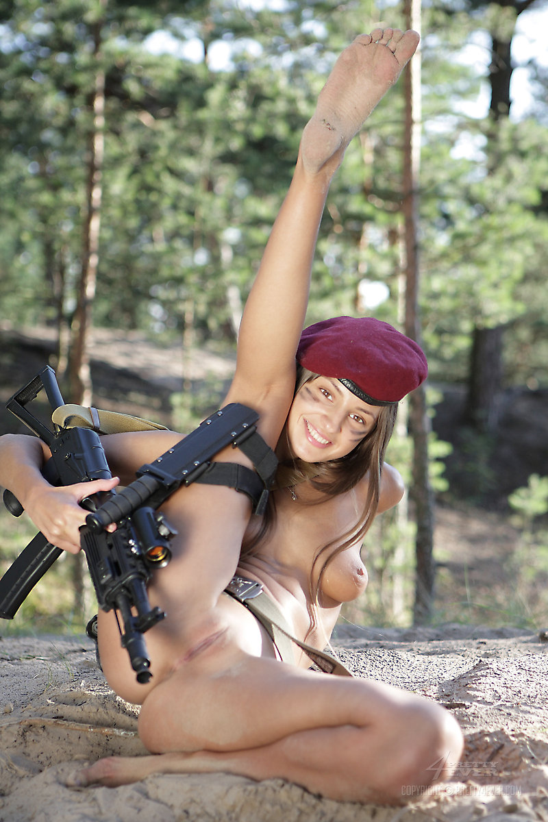 sexy nude army chick