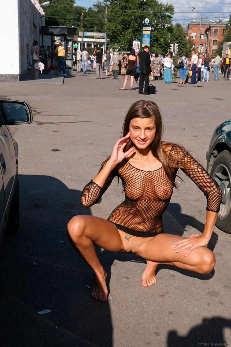 melena-r-nude-fishnet-flash-in-public-24