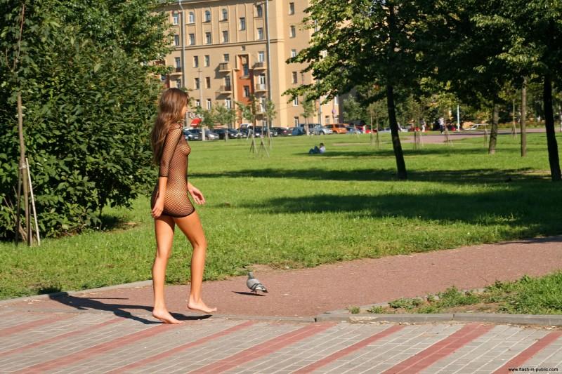 melena-r-nude-fishnet-flash-in-public-33