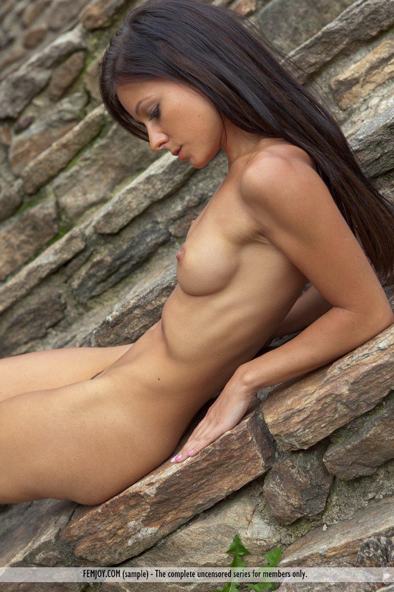 melisa-house-nude-femjoy-10