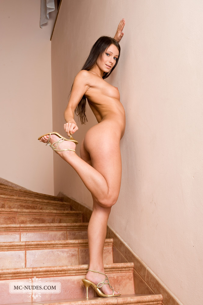 melisa-naked-stairs-mc-nudes-12
