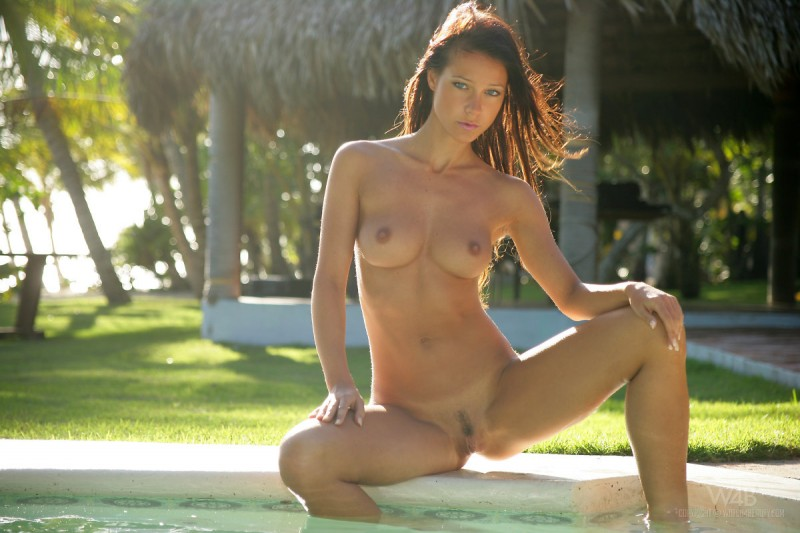 melisa-pool-tropical-island-watch4beauty-05