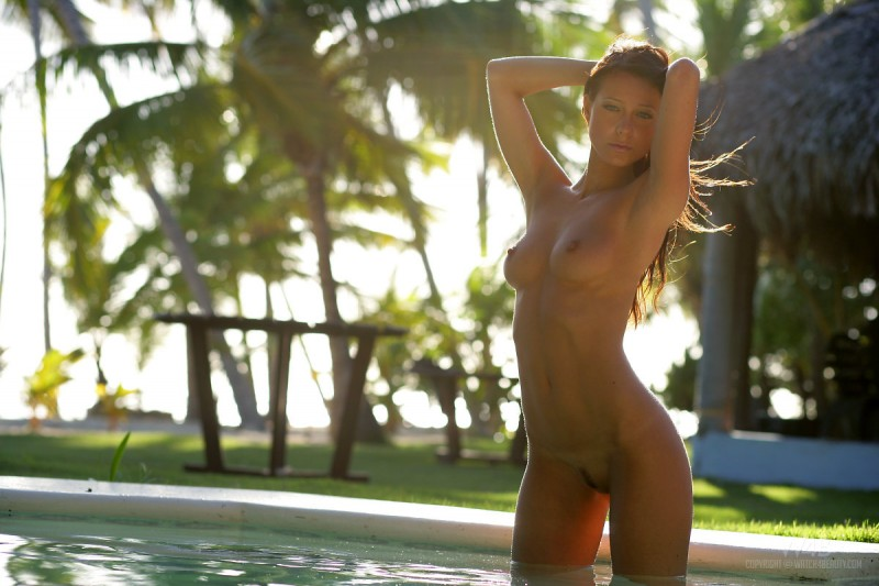 melisa-pool-tropical-island-watch4beauty-18