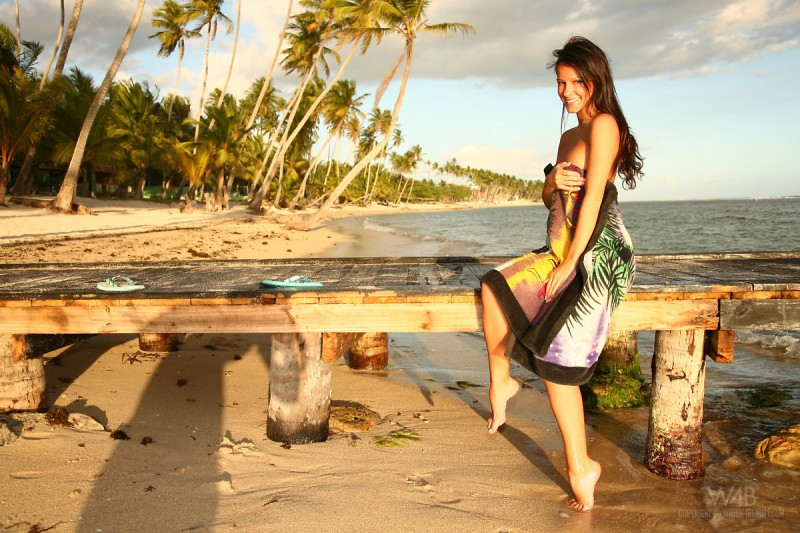 melisa-tropical-island-beach-sundown-watch4beauty-06