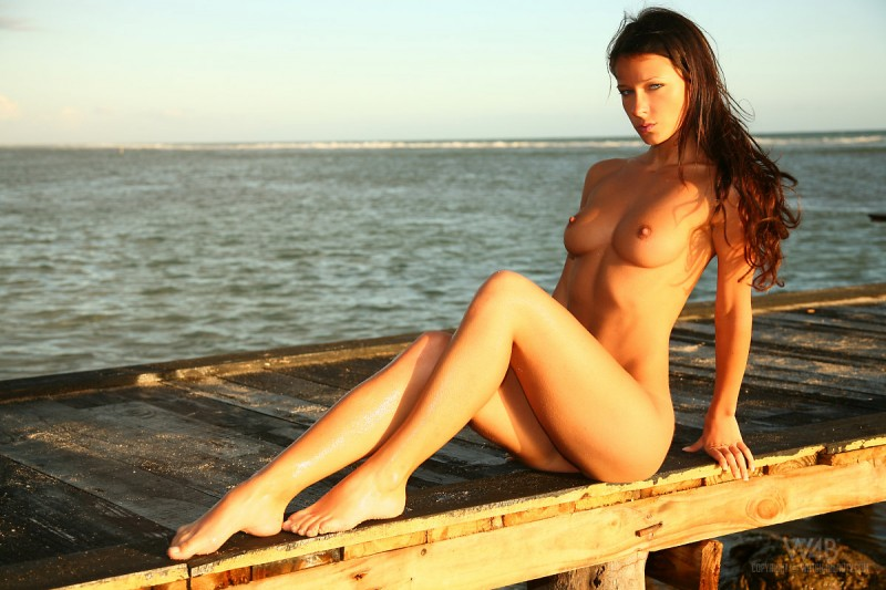 melisa-tropical-island-beach-sundown-watch4beauty-10