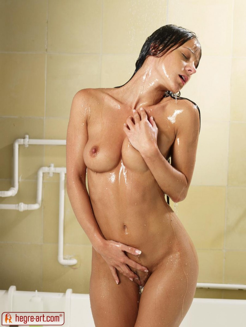 melissa-shower-sexy-hegre-art-01