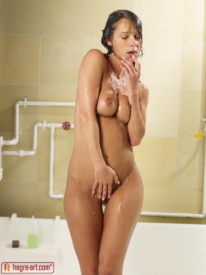 melissa-shower-sexy-hegre-art-03