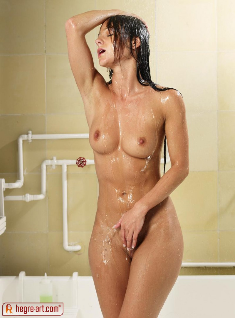 melissa-shower-sexy-hegre-art-04