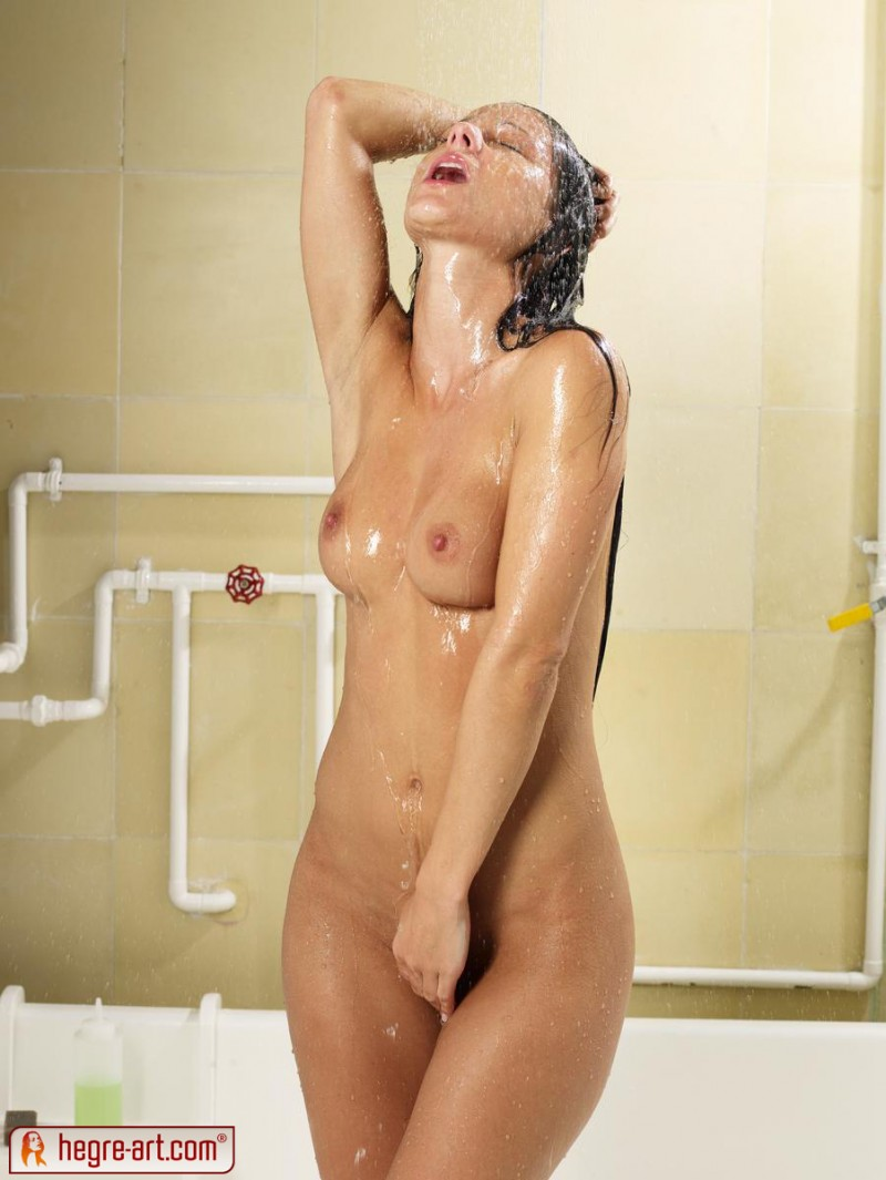melissa-shower-sexy-hegre-art-05