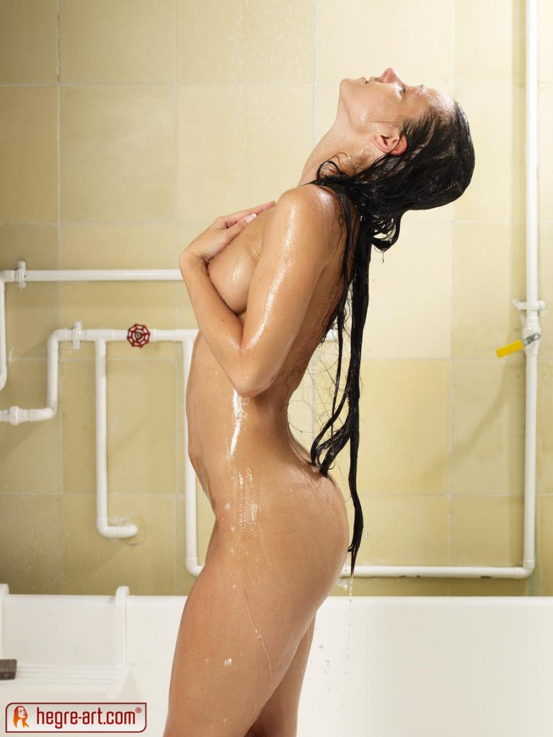 melissa-shower-sexy-hegre-art-12