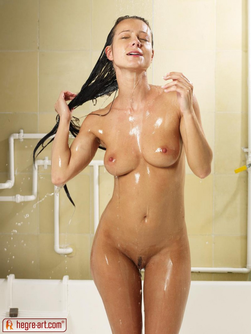 melissa-shower-sexy-hegre-art-14