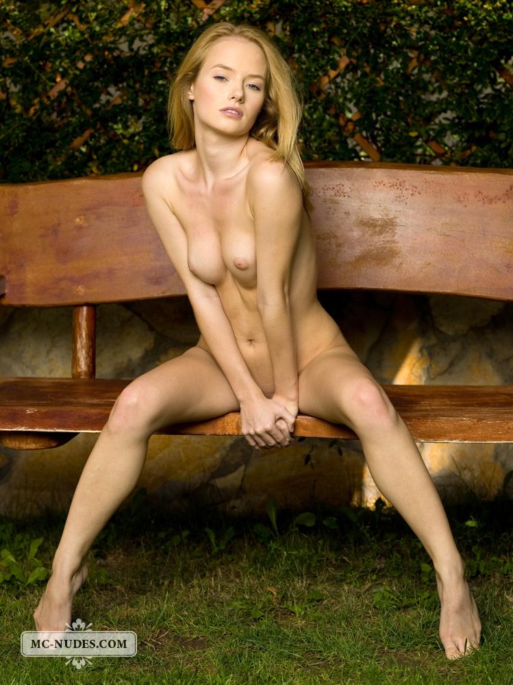 gabi-blonde-swing-bench-mc-nudes-04