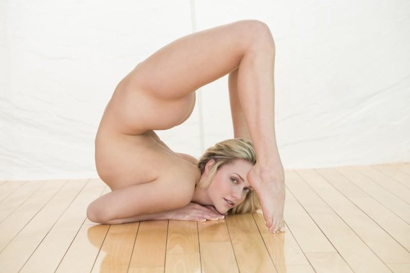 mia-hello-flexible-x-art-19