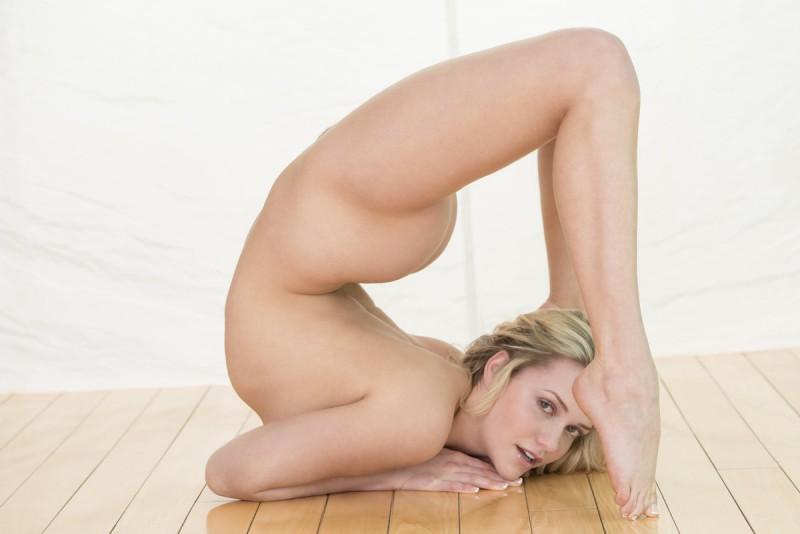 mia-hello-flexible-x-art-20