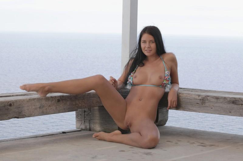 addison-bikini-nude-xart-13