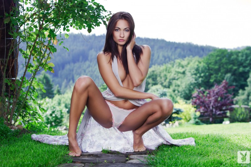 michaela-isizzu-green-grass-garden-nude-playboy-03