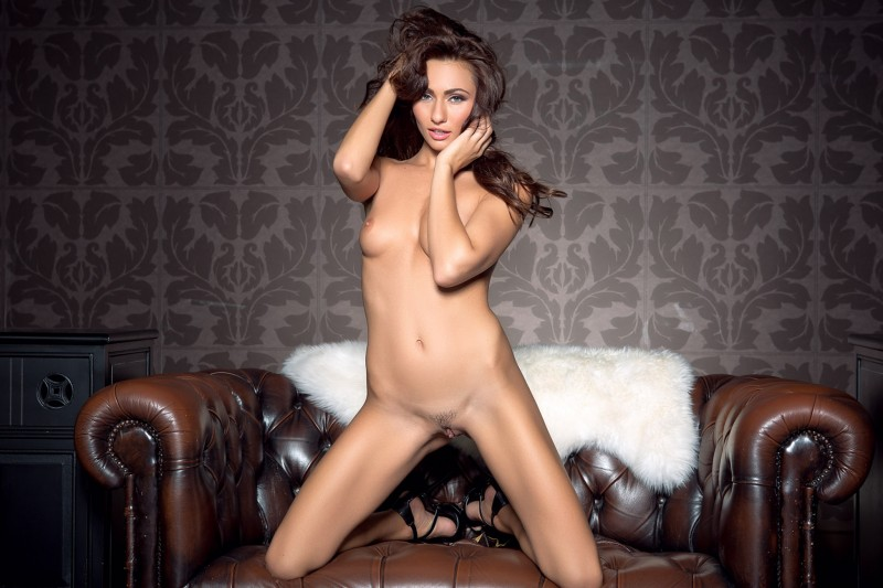 michaela-isizzu-leather-couch-playboy-12